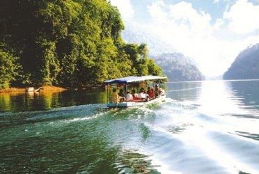 Tổ chức cho nhân viên đi du lịch Biển Hải Tiến – Hải Tiến Resort – Vườn Quốc Gia Bến En 2 ngày 2 đêm