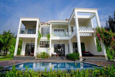 Villa San Hô - bể bơi riêng